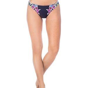 Trina Turk Lotus Batik Reversible Bottom Sz 6 NEW